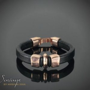 Savage Black No. 09